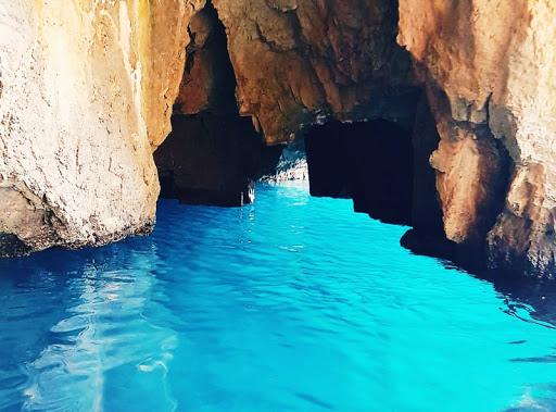 Grotta di Cala Fortuna